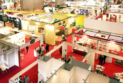 Ten ways to attract visitors to your exhibition stand