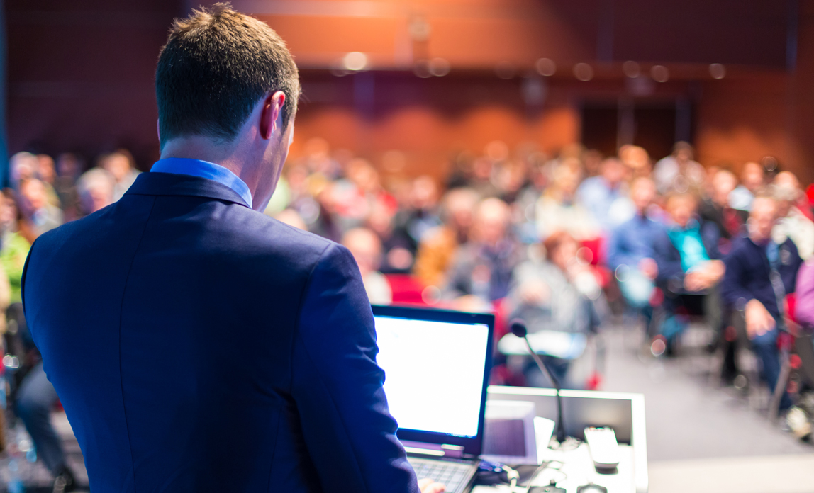 Ten ways to improve your business presentations{{}}